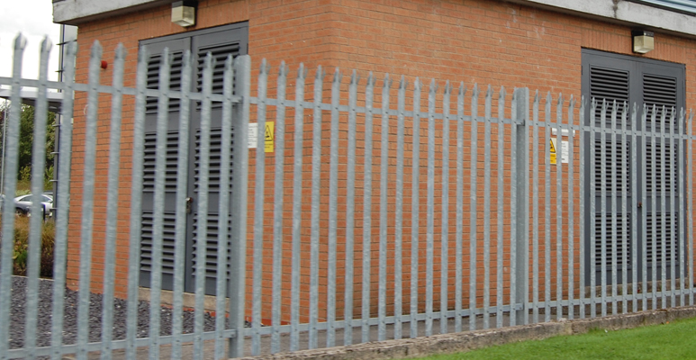 Palisade Fencing Birchwood