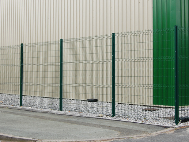 close board Garden Fencing company altrincham, cheshire