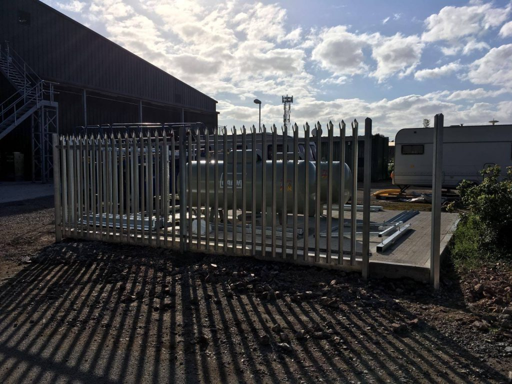 palisade fencing manchester