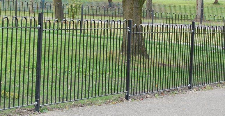 comercial fencing (1)