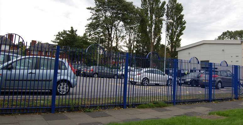 comercial fencing (3)