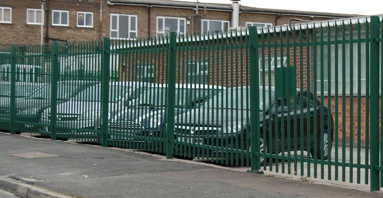 comercial fencing (5)