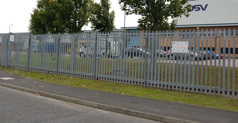 comercial fencing (6)